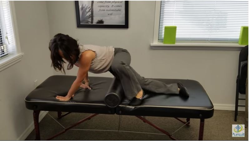 2 Ways to Treat IT Band Syndrome and lateral hip pain at home